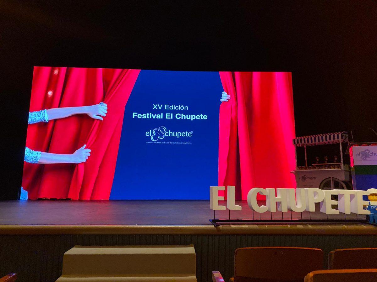 """El """"Manual de Madres"""" de Enfamil y Arena Media ganan premio en El Chupete"""